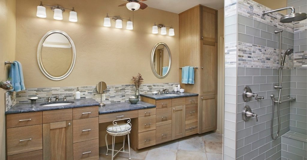 Dual Sinks in the Master Bath