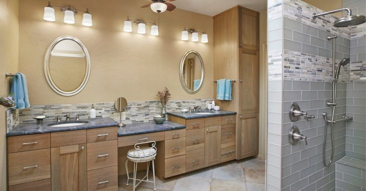 Should You Install Dual Sinks in the Master Bath?