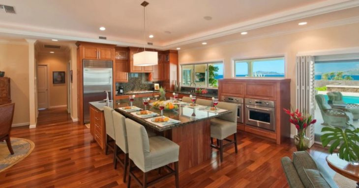 Essential Tips for Keeping You Kitchen Remodel Within Budget