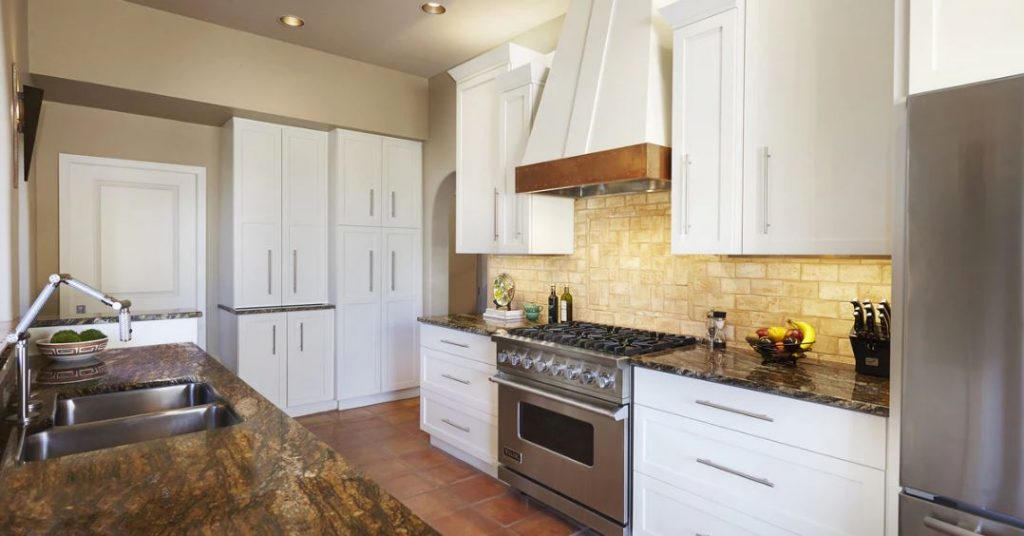 How Remodeling Can Help You to Beat the Tucson Housing Market