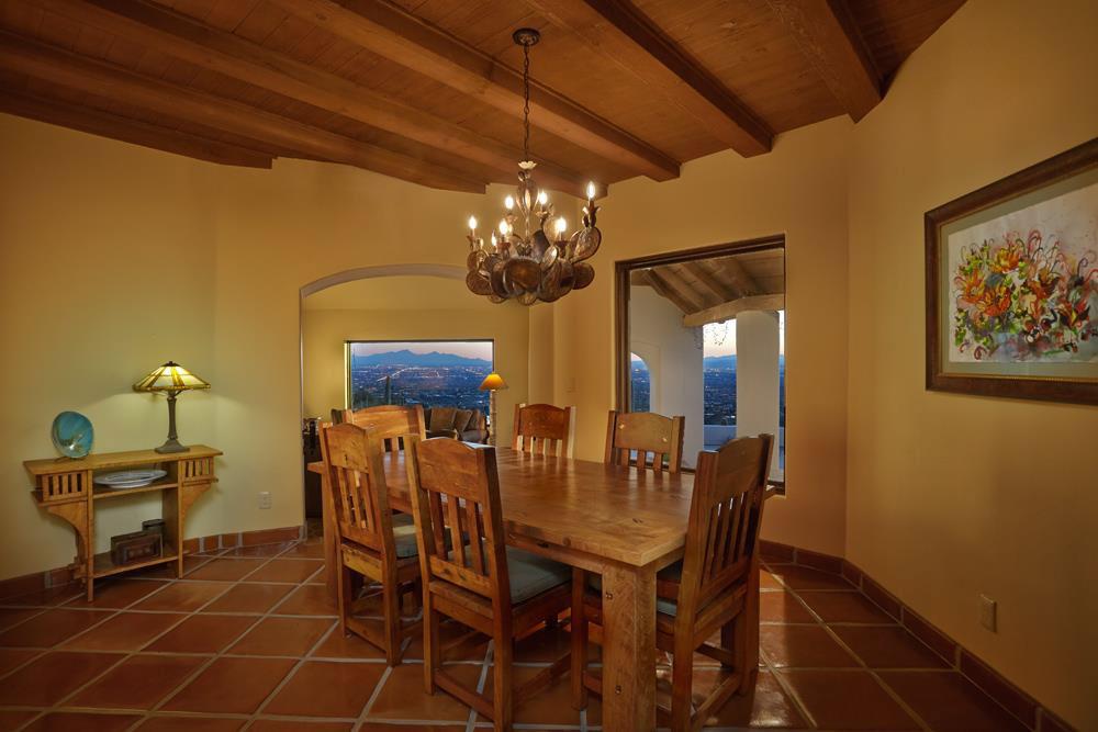 Elegant Dining Nook takes advantage of stunning hillside views